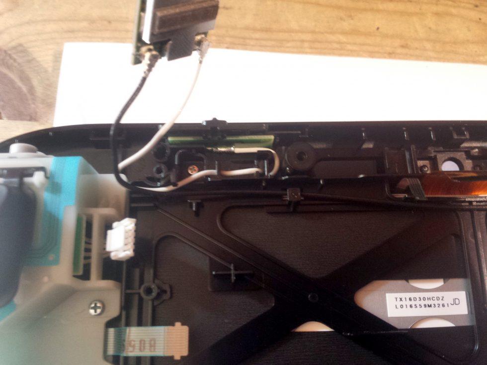 Cable antenne a retirer gamepad wiiu